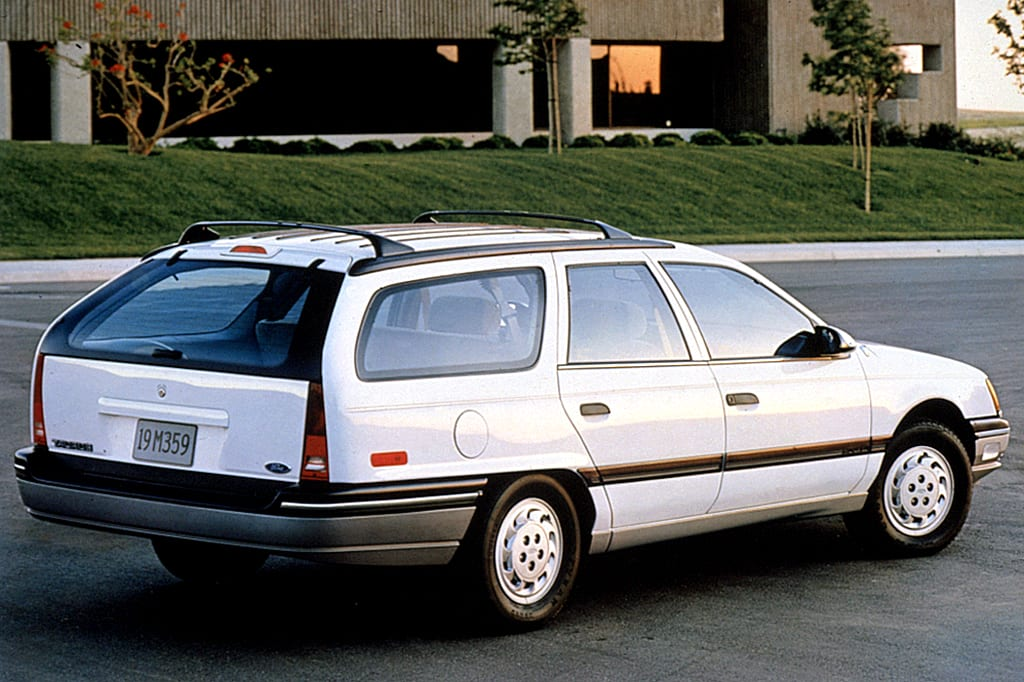 1990's good parent mobile, the Ford Taurus Wagon