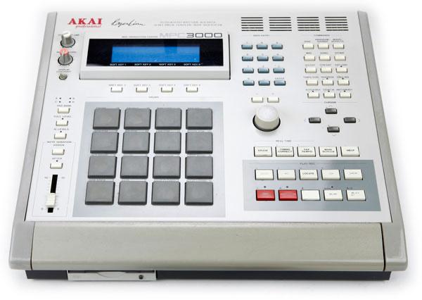 Akai MPC Sampler   Classic Beat Making Machine