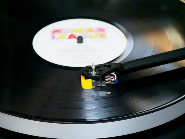 music while high